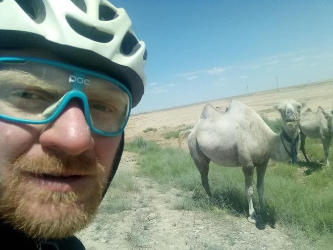 Велосипедист Иванусь