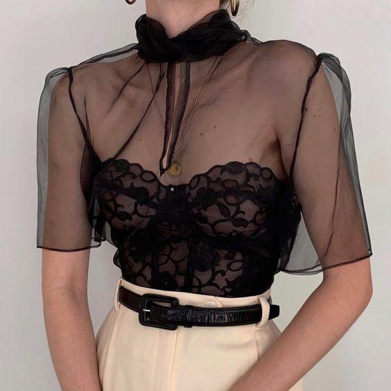 16 прозорих блузок, якими можна розбавити базовий гардероб