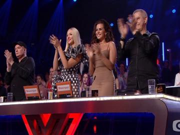 """Участница заставила судей """"Х-фактора"""" аплодировать ей стоя"""