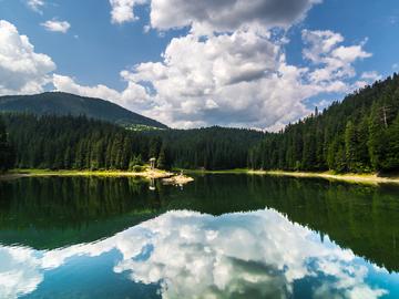 найкрасивіші озера України
