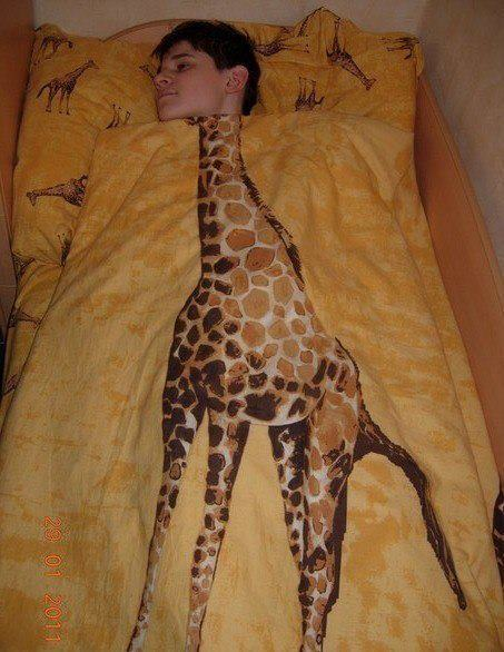 - Мама я жираф. -Сынок ты деб*л!