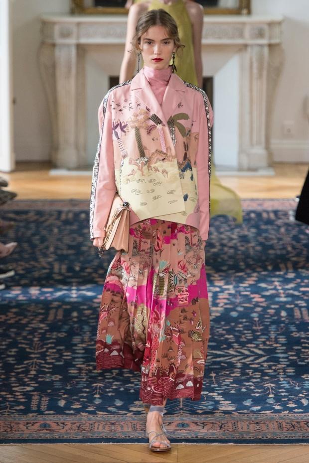 Новий погляд: колекція Valentino весна-літо 2017
