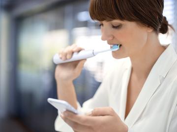 Цифровая трансформация медицины: умная зубная щётка