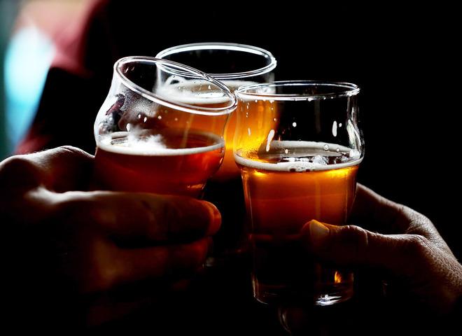 Пей пиво: 15 увлекательных фактов о хмельном напитке