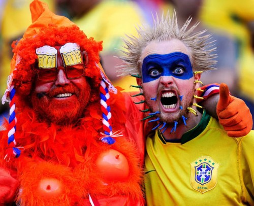 Яркие фанаты футбола на ЧМ 2010