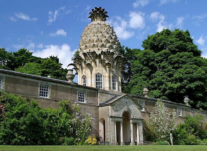 5 будівель від яких потечуть слинки у туристів: Будинок-ананас - Шотландія