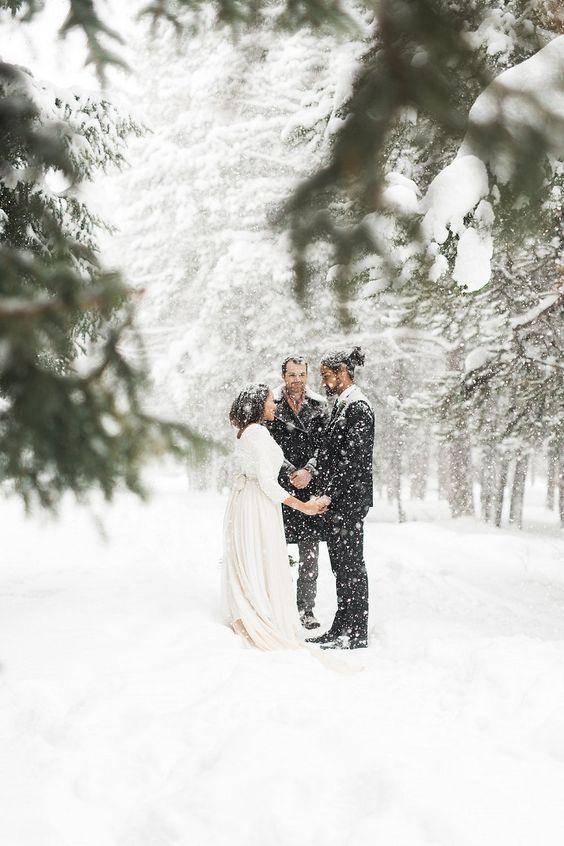 15 фото, які доводять, що весілля взимку — це круто