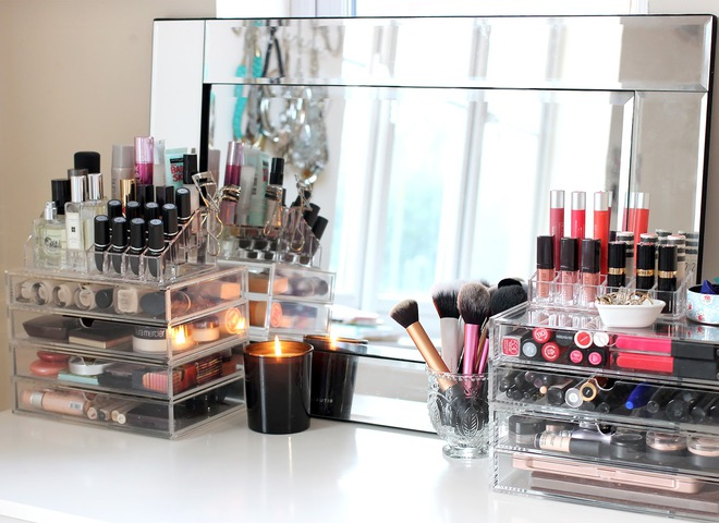7 косметических продуктов, которыми никогда не стоит делиться