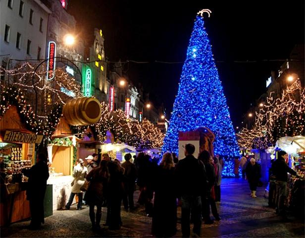 Новый год 2013 в Праге: Вацлавская площадь на Новый год