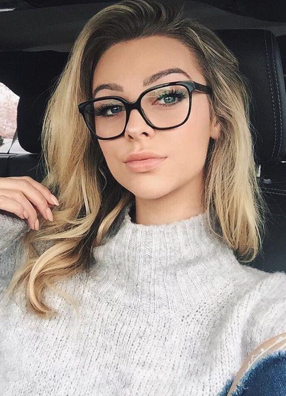 Макіяж під окуляри
