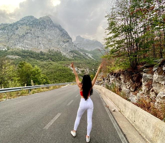 Alina Tim в Албании