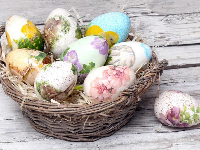 Пасха: декупаж деревянного яйца новые фото