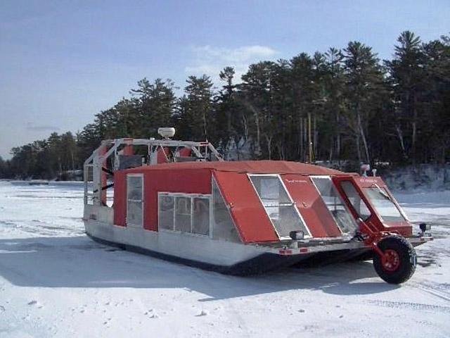 8 найбільш незвичайних видів транспорту: Льодова човен, США