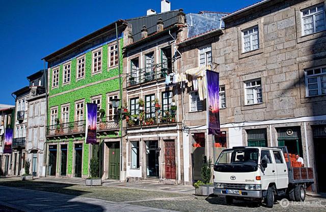 Куди поїхати на один день з Порту: місто Брага