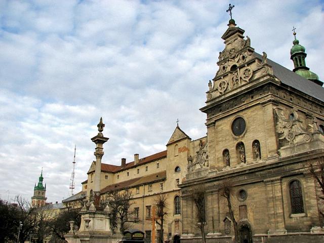 Що подивитися у Львові: Бернардінській монастир