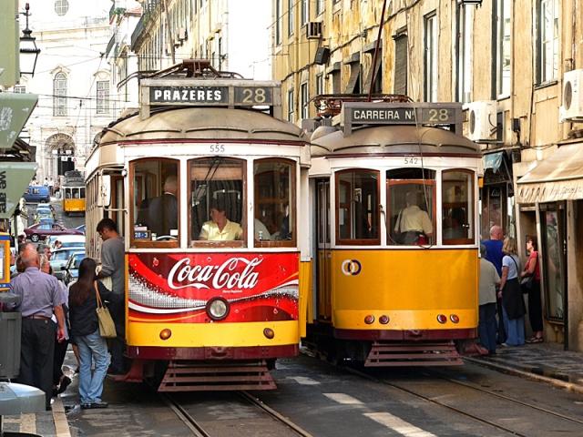 Достопримечательности Лиссабона: трамвай №28