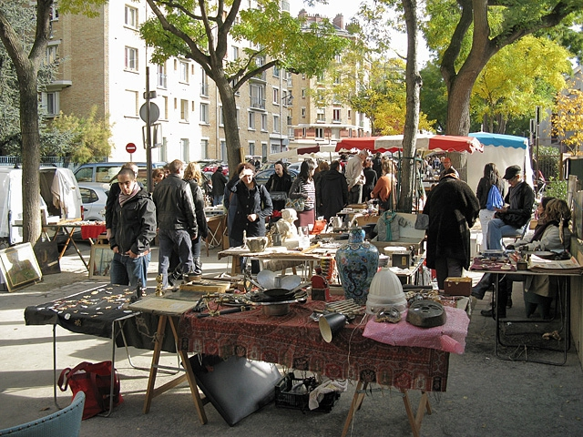 Шопинг в Париже: Блошиный рынок Porte de Vanves