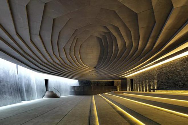 ТОП-5 неймовірних споруд, збудованих під землею