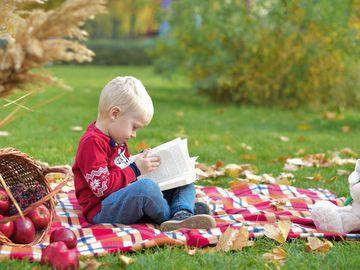 Як розвинути фантазію малюка і навчити його думати