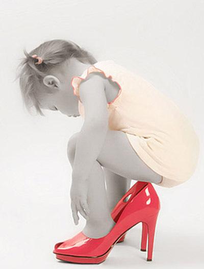 Малышки в маминых туфлях
