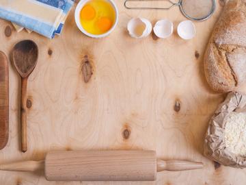 Випічка хліба в духовці вдома: поради і рецепт