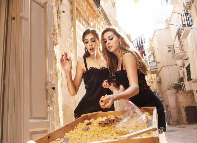 Дочери Сильвестра Сталлоне Dolce & Gabbana