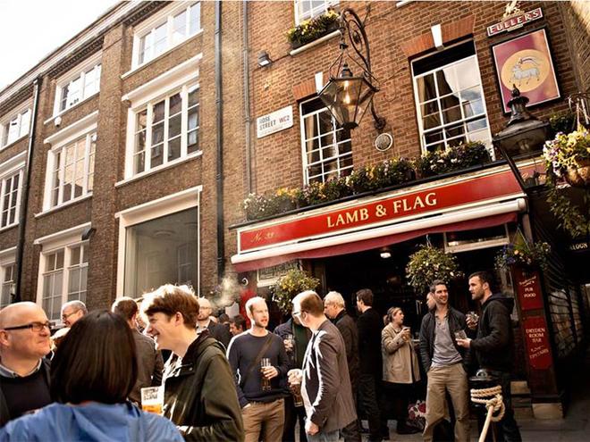 Алко-тур в Лондон. Паб The Lamb and Flag