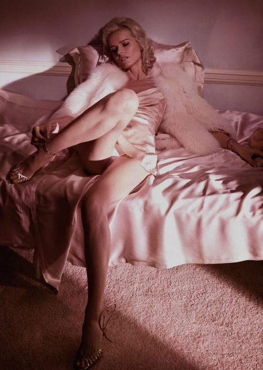 Ева Герцигова для Vogue Paris