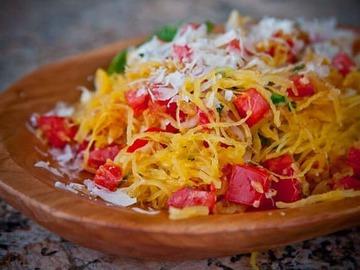 Как готовить спагетти-сквош? Рецепт альтернативы макаронам