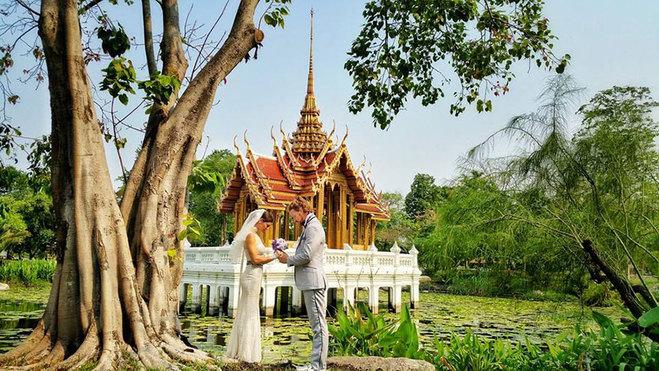 Правильна весільна подорож, або як вийти заміж у різних куточках світу