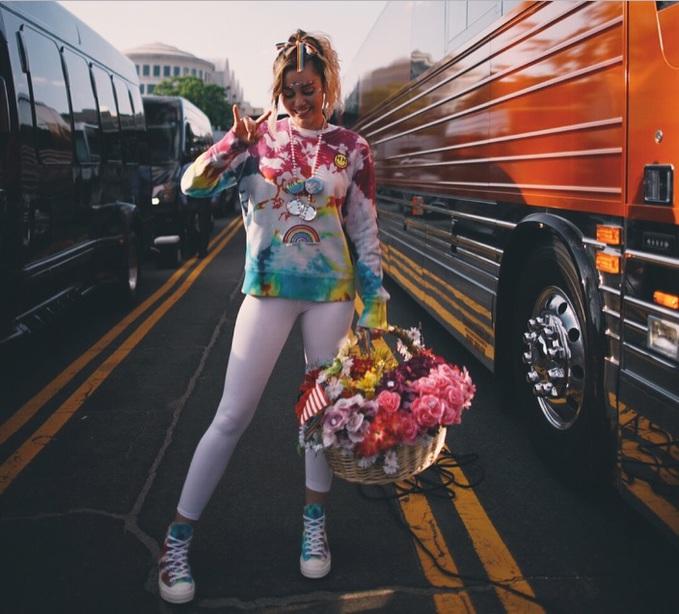 Converse и Майли Сайрус выпустили коллекцию кед