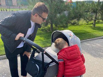 Юрий Горбунов с детьми