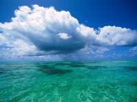 Облака на д морем