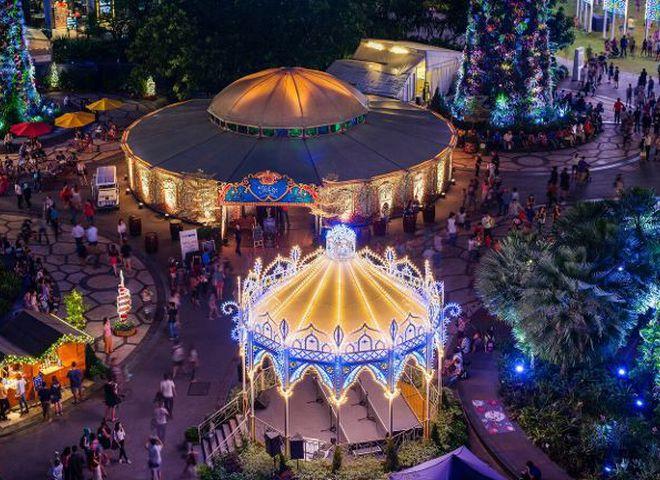 У Сінгапурі відкрився великий різдвяний ярмарок
