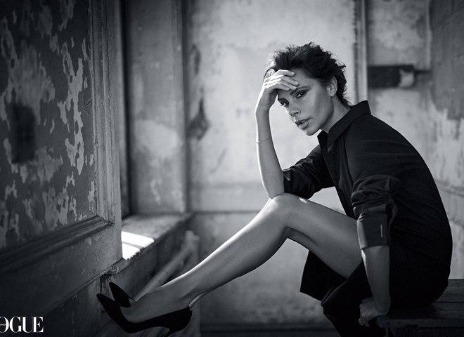 Вікторія Бекхем прикрасила обкладинку Vogue Australia