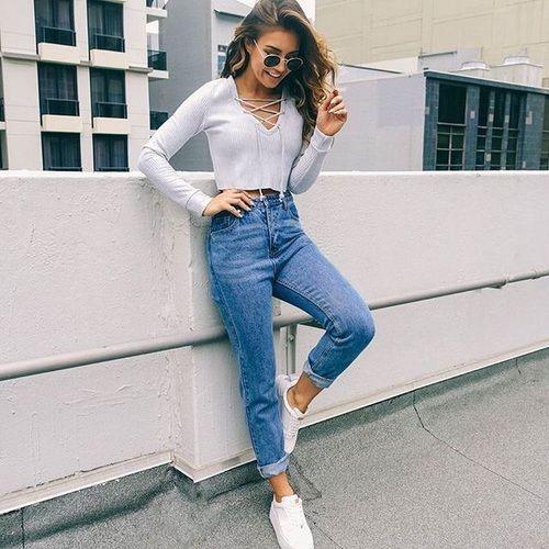 Mom jeans стала най універсальнішою моделлю джинс 2018 року © pinterest.com af9b604f05a04