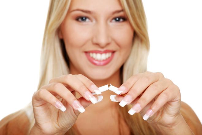 Чим шкідливе жіноче куріння: вибери здоров'я