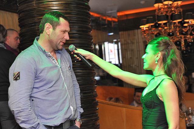 Тусовка в ресторані Москва