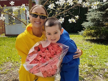 Анна Різатдінова з сином Романом