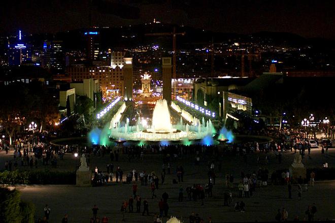 Співаючі фонтани Барселони