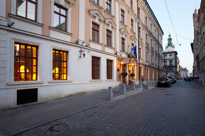 Топ-5 лучших отелей Украины