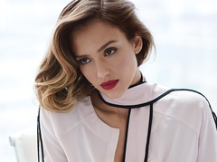 https://s0.tchkcdn.com/g-XhvIjWKCPK8mraYcCEhl7Q/13/472731/240x180/c/0/0_0_679_509/bed_jessica_alba_allure_magazine_september_2015_cover_photoshoot03.jpg