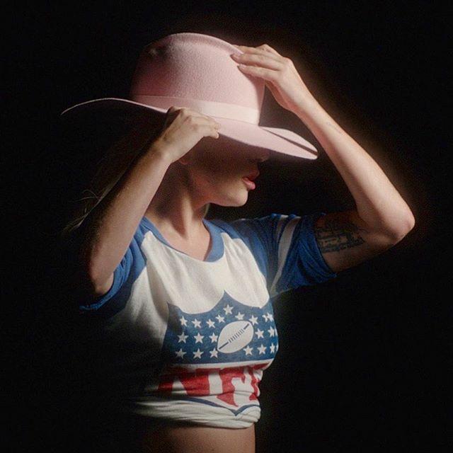 Леді Гага (instagram)