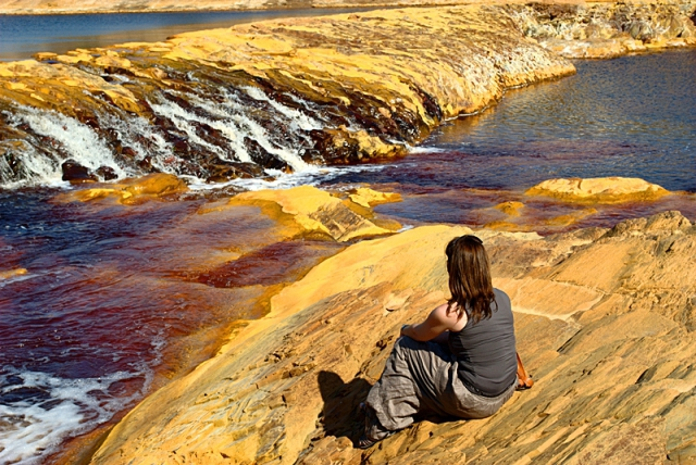 Кровавая река Рио-Тинто в Испании
