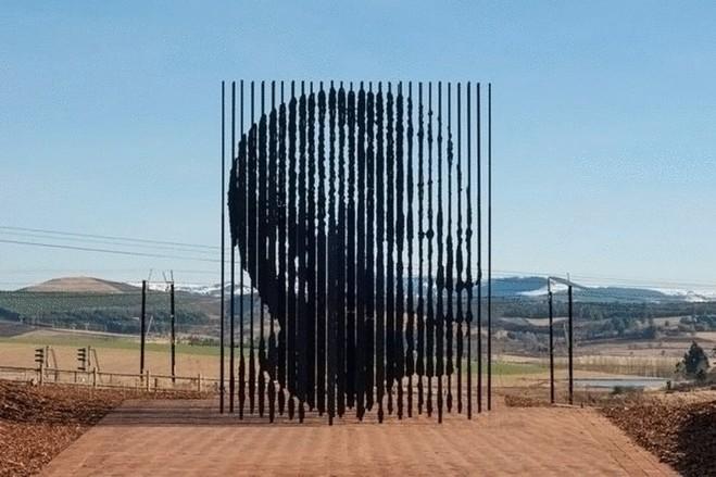 ТОП-10 найбільш незвичайних пам'яток світу