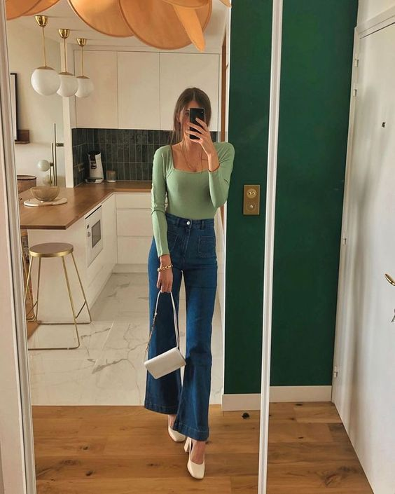 З чим носити wide-leg джинси і чому вони точно повинні бути в гардеробі у кожної