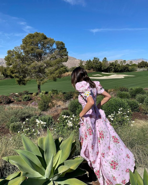 Кендалл Дженнер в модном платье Rodarte