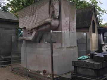 Могили для поклоніння