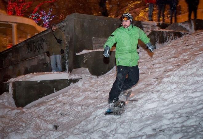 Зимові забави: в Одесі з'явилася гірськолижна траса