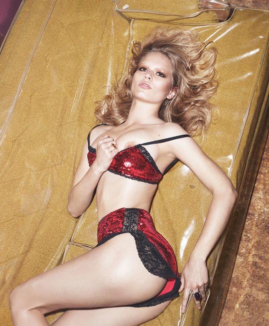 Откровенно: Ирина Шейк и другие модели разделись для W Magazine